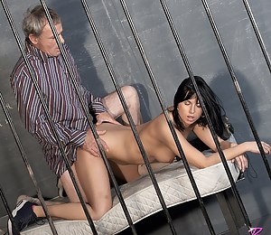 Free Teen Prison Porn Pictures